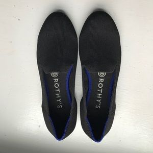 Rothy's black on black loafers